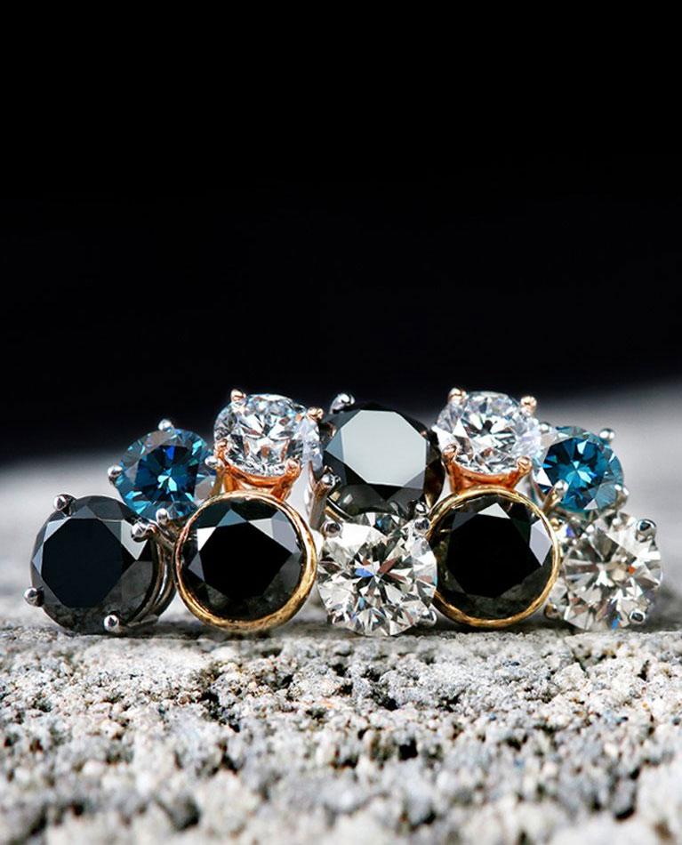 Men's fashion earrings