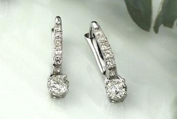 Lab Grown Diamond Drop Earrings